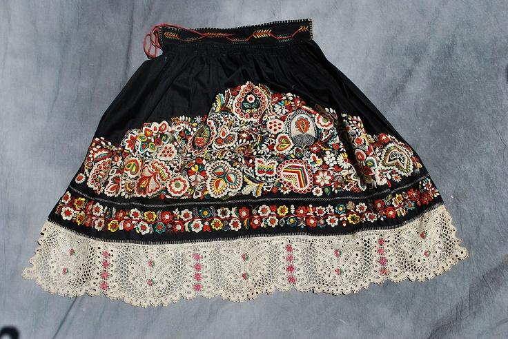 Antique Czech/Moravian apron, part of a folk (kroj) costume.  LOOOOOVE IT!!!!
