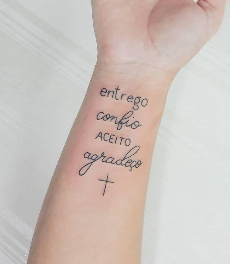 Tatuagem no braço: as 150 ideias MAIS PERFEITAS da internet! em 2020 | Tatuagem, Frases para tatuagem feminina, Yeshua tatuagem