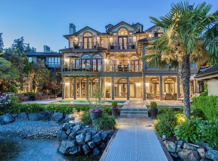 Million waterfront mansion in kirkland wa dream for Big mansion homes for sale