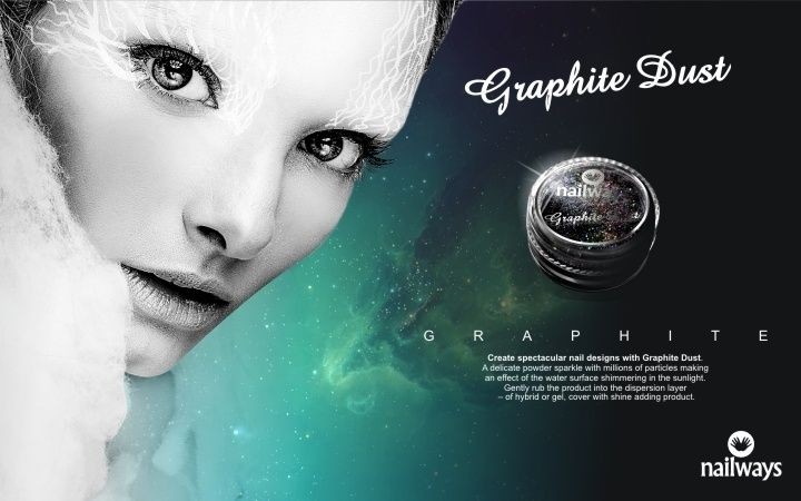 Nailways Graphite Dust - Mermaid Effect Enjoy the magic of this mysterious powder to make exceptional nail creations The delicate powder Fairy Dust sparkles with millions of particles which gives a spectacular effect Depending on the light ankle your nails show different colors The appearance is also dependent on the color of the base, so that the Fairy Dust looks each completely different Content: 3 gram