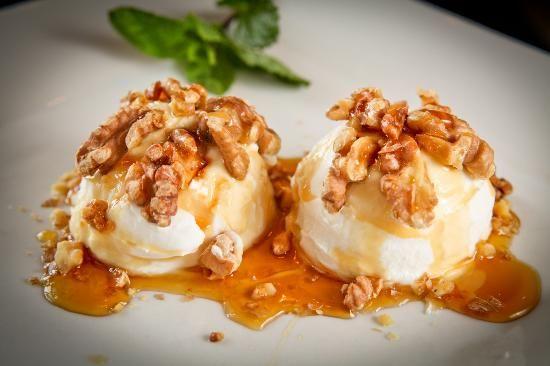 Παγωτό+με+μέλι+και+καρύδια