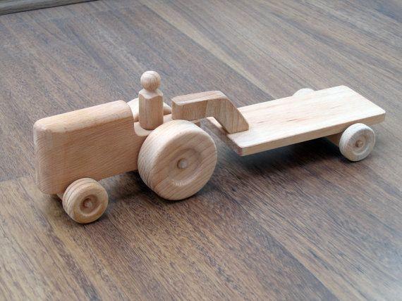 """Hector trator de brinquedo de madeira do garoto tractor com pelo TrickTruck Dimensões:. Cerca de 38 cm de comprimento, 11 cm de largura, 12 cm de altura (aproximadamente 14.75 """"x 4.3"""" x 4.75 """") $35"""