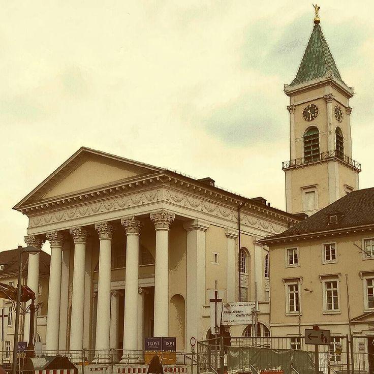 Die Evangelische Stadtkirche Am Marktplatz Wurde Nach Den Plnen Von Friedrich Weinbrenner Gebaut Das