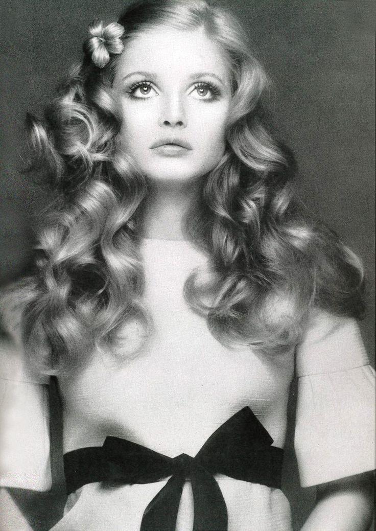"""""""Ewa Aulin, 1970s hair makeup """""""