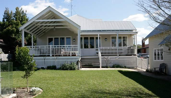STRONGBUILD HOME BUILDERS SYDNEY AND SOUTHERN NSW - CLASSIC DESIGNS - Classic Country Homes - The Strong Home - A Strongbuild Classic Designs Streamlined Building Home