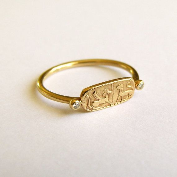 14k gold lion signet ring