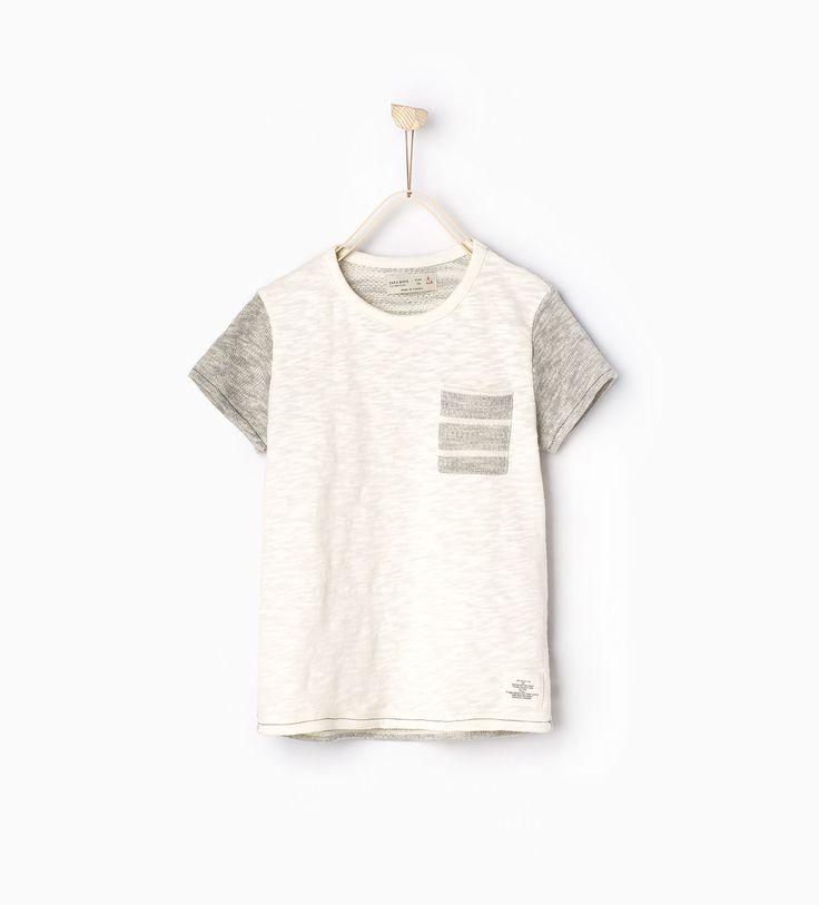 뒷면에 스트라이프 패턴이 있는 티셔츠.-모두 보기-티셔츠-BOY | 만4세-14세-KIDS | ZARA 대한민국