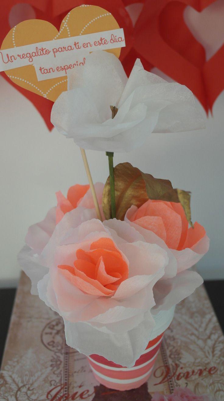 Rosas blancas con coral. San Valentín! Flores de papel/paper flowers