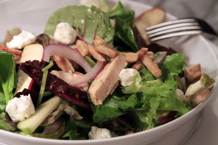 Nordstrom S Chicken Apple And Goat Cheese Salad Recipe Goat Cheese Goats And Salad
