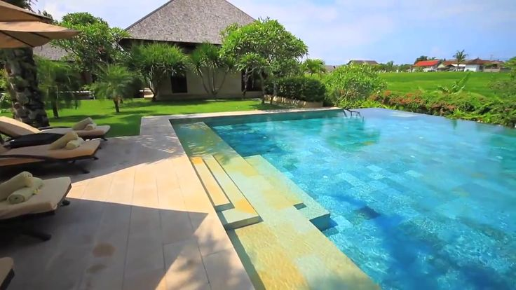 20 best luxurious house with overflowing swimming pool for Infinity pool design uk