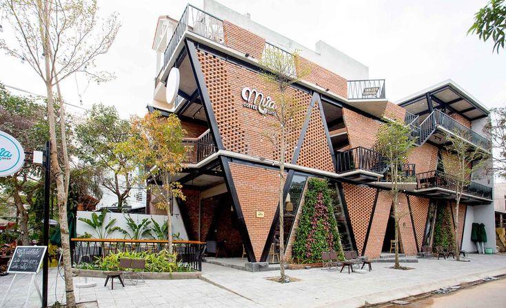 Gallery of MƯA Coffee Shop / 85 Design - 3