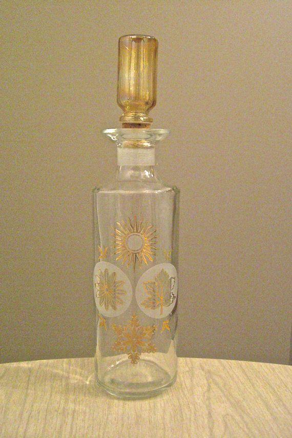 Vintage glass liquor decanter wine decanter wine bottle for Liquor bottle art
