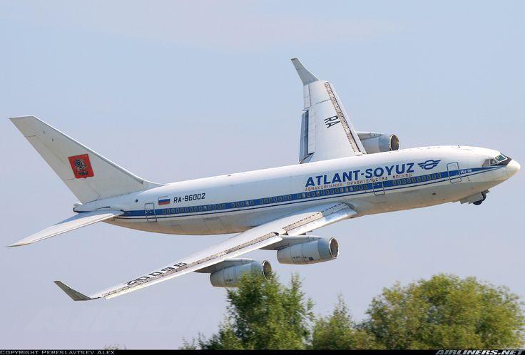 Atlant-Soyuz Airlines RA-96002 Ilyushin Il-96-300