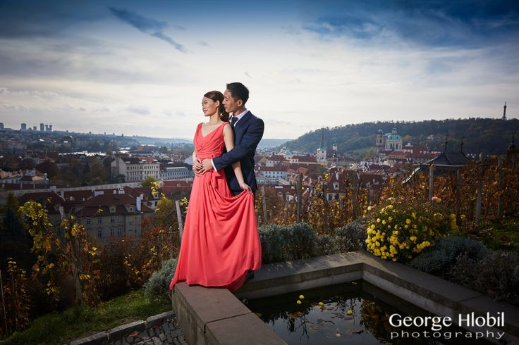 Autumn pre-wedding photo shoot in Prague, view more photos with spectacular views of Prague rooftops at www.georgehlobil.com