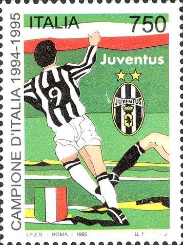 """1995 - """"Lo sport italiano"""": Juventus campione d'Italia 1994-1995 - il centravanti della Juventus in un'azione di gioco, contrastato da un avversario"""