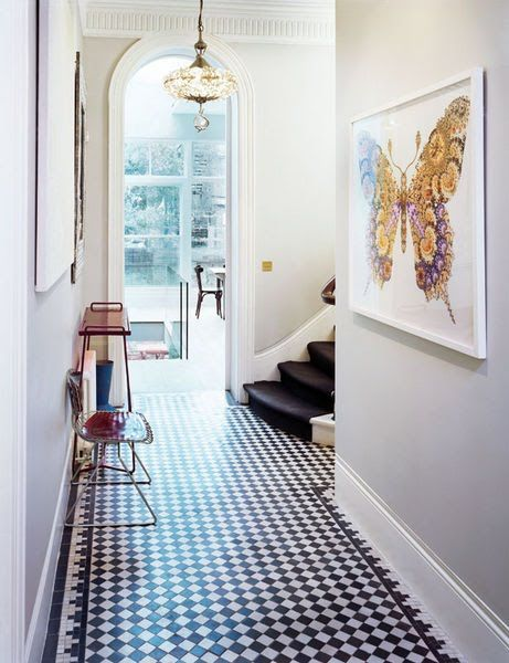 FAB! Love the small checkerboard tile with border. From Elle Deco SpainIdeas, White Tile, Elle Decor, Hallways, Butterflies, Black And White, Tile Floors, Grey Wall, Black White