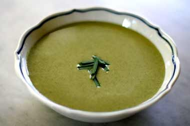 Cream of Spinach Soup ~ Rich and creamy spinach soup, with fresh or frozen spinach, onion, potatoes, broth, cream and sour cream.  Serve hot or chilled. ~ SimplyRecipes.com