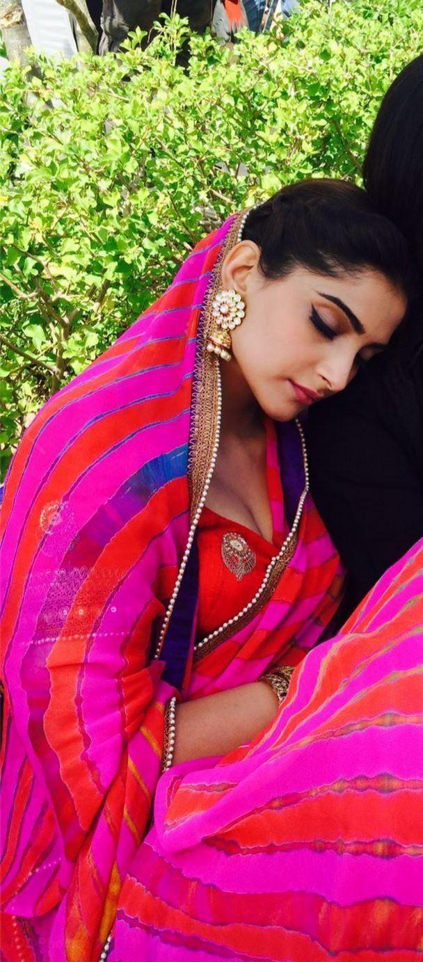 Sonam takes a quick nap on 'Prem Ratan Dhan Payo' sets   PINKVILLA