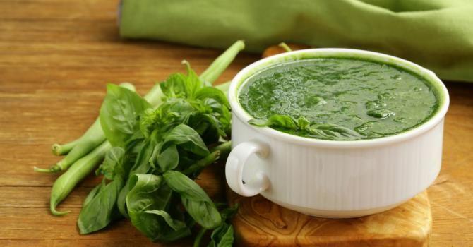 Recette de Soupe de légumes verts mange-graisse. Facile et rapide à réaliser, goûteuse et diététique. Ingrédients, préparation et recettes associées.