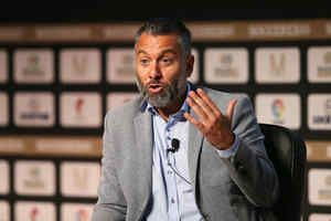 Real Madrid News: Guillem Balague delivers major update on Man Utd and Chelsea transfers: * Real Madrid News: Guillem Balague delivers…