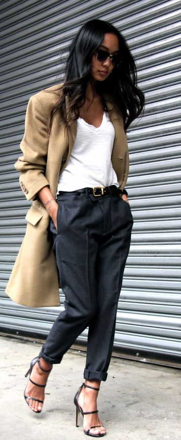 Love the pants and the trench !!! this outfit is definitely something I would wear.