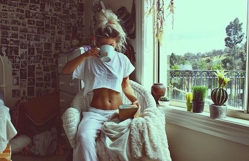 Image via We Heart It https://weheartit.com/entry/162853445/via/30349661 #brunette #creative #cute #decorations #Dream #fashion #girl #girlthings #grunge #hair #imagination #inspiration #inspo #loaf #lookbook #looks #pictures #pretty #relax #room #style #summer #tan #tea #tumblr #vintage #warm #weheartit #white #messybun #wallpictures #roomdecorations #blound #tumblrgirl