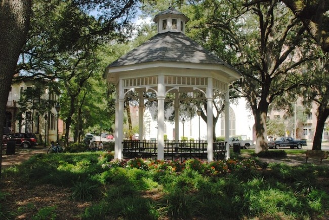 16 best images about fleming house on whitfield square on for Cabin rentals near savannah ga