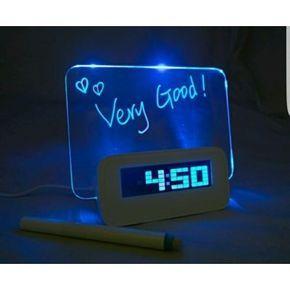 Chollo en eBay: Reloj despertador multifuncional con 4 USB y Pizarra Baban por solo 12,99€ (un 69% de descuento sobre el precio de venta recomendado y precio mínimo histórico)