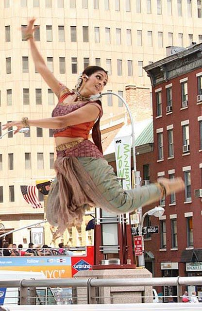Bollywood dance in the city