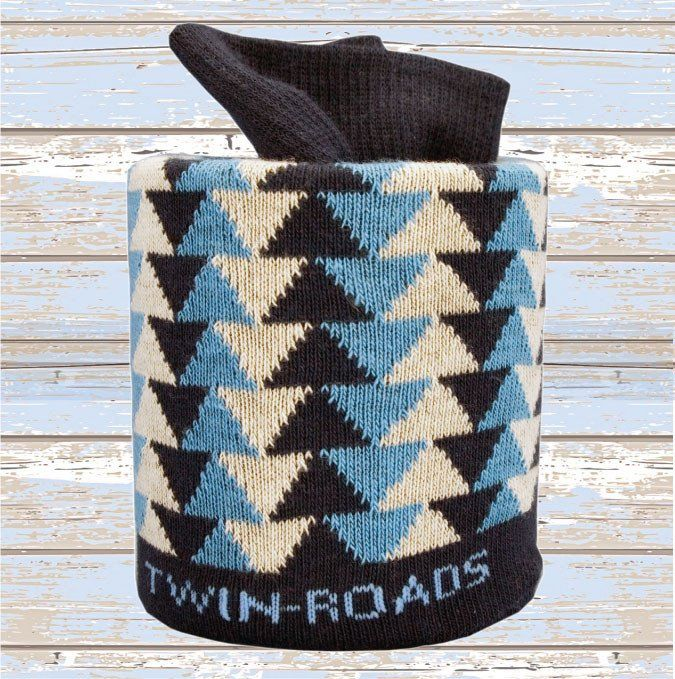 Triangles Navy/Blue/Ivory - Twin Roads