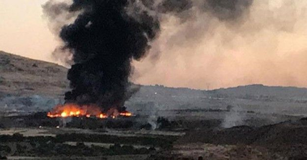 "Kilis'te Askeri Arazide Yangın!  ""Kilis'te Askeri Arazide Yangın!"" http://fmedya.com/kiliste-askeri-arazide-yangin-h51327.html"