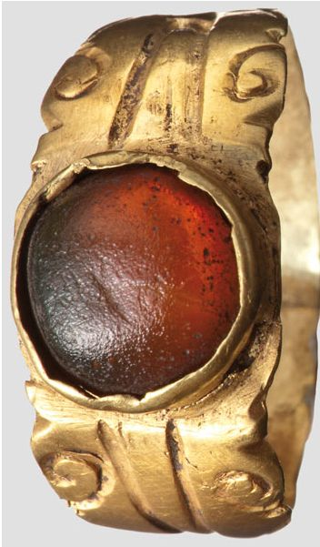 Gold ring with glass cabochon, Roman, 3rd Century.