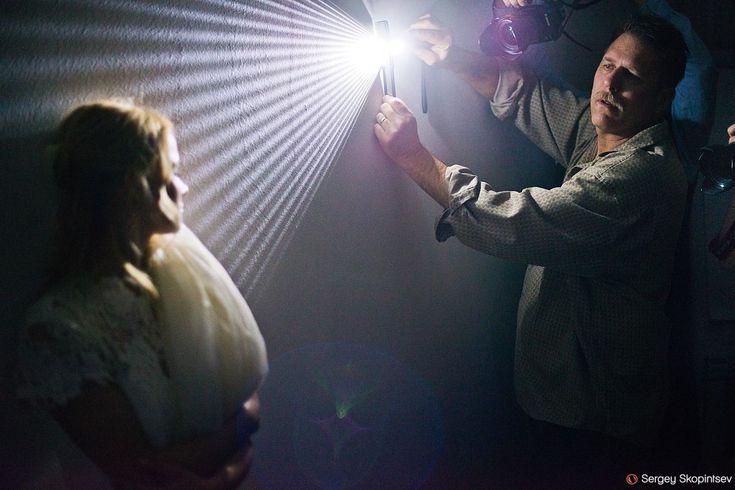 правильно управлять светом фотография студии
