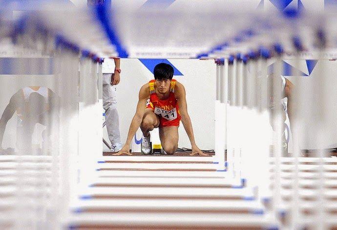 Blog Esportivo do Suíço: Campeão olímpico nos 110m com barreiras, Liu Xiang se aposenta aos 31