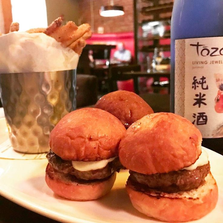These Kobe beef sliders were too good to share . . . #kobe #beef #sliders #burgers #sake #kobebeef  #Denver #Denverfood #Denverfoodie #SinapplesDenver #Colorado #ColoradoFoodie #foodAventures #restaurant #citylife #Foodpics #instafood #foodporn  #dinner #foodbaby #instadaily #foodphotography #foodie #음식 #먹방 #디저트 #맛집 #먹스타그램 #SinapplesTravel #lodo
