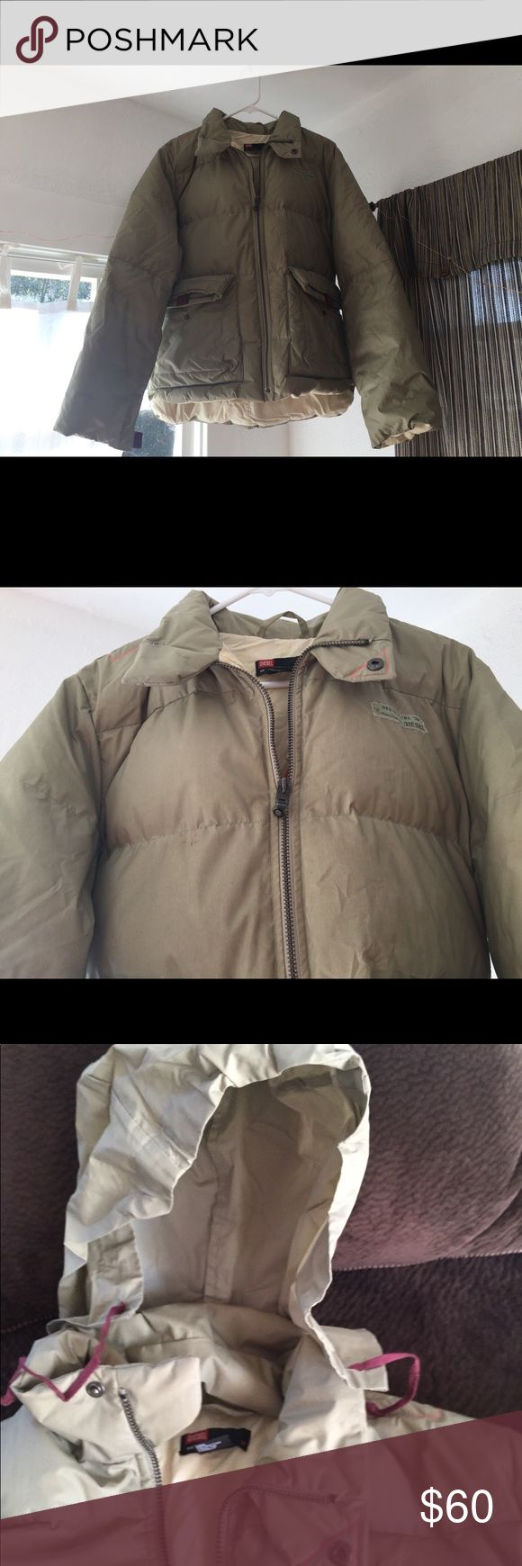 Men's Diesel Coat XL This is an older but rarely worn, very warm Diesel coat.  I wore it as a female and loved it, just live where I don't need this warm of a coat. Diesel Jackets & Coats Puffers