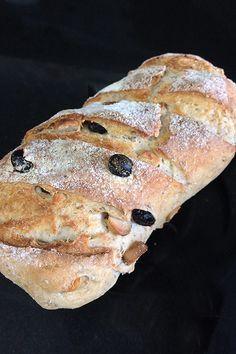 Receita de pão caseiro com castanha-do-pará e uva-passa