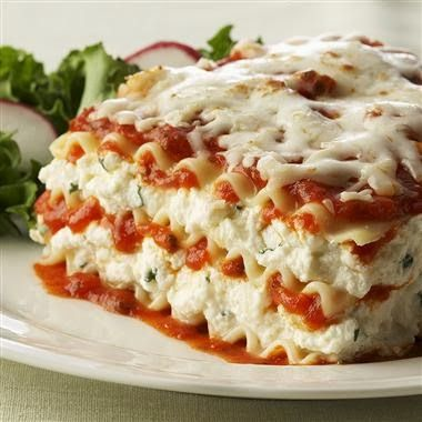 Ricotta Cheese Lasagna! Nothings better than cheesy ricotta lasagna!