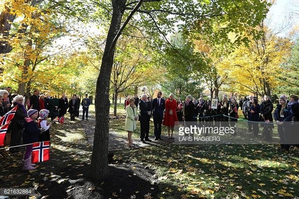Sharon Johnston Governor General of Canada David Johnston Crown Prince Haakon and his wife Crown Princess MetteMarit of Norway are presented with a...