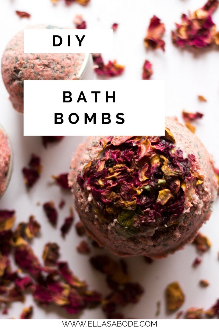 DIY bath bombs. Make your own Lush style bath bombs. The perfect gift idea for Valentine's Day or a birthday. Easy Bath Bomb recipe, all easy ingredients. Great handmade gift idea.