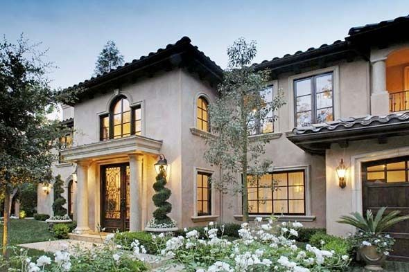 House exterior: Recognize this Mediterranean Villa?  It's the house that belongs (or belonged) to Kim Kardashian.