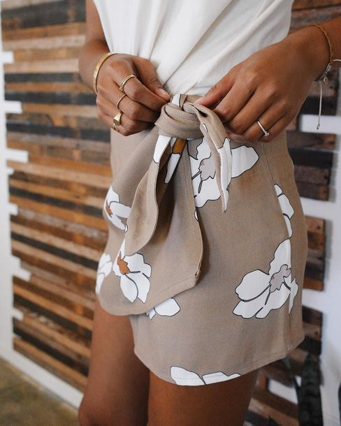 Sincerely Jules Floral Print Wrap Skirt Teamed With White T-Shirt Tumblr