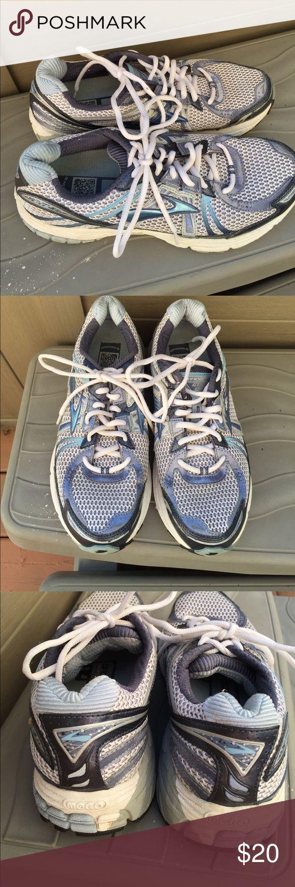 Brooks GTS12 Tennis Shoes Size 10 1/2 $20 Brooks GTS12 Tennis Shoes Size 10 1/2 $20 EUC Brooks Shoes Athletic Shoes