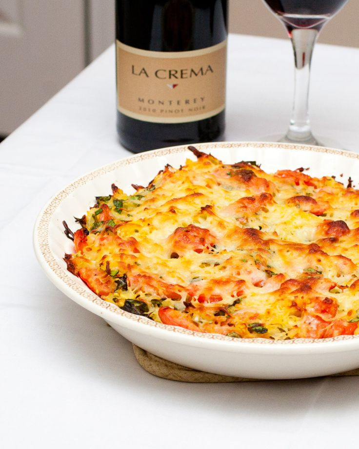 Spaghetti Squash Caprese Bake (FP) *Use cottage cheese and nutritional yeast in place of the motz.