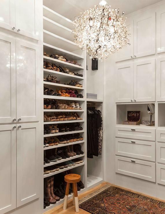 350 best closets images on pinterest dresser dressing for Walk in shoe closet