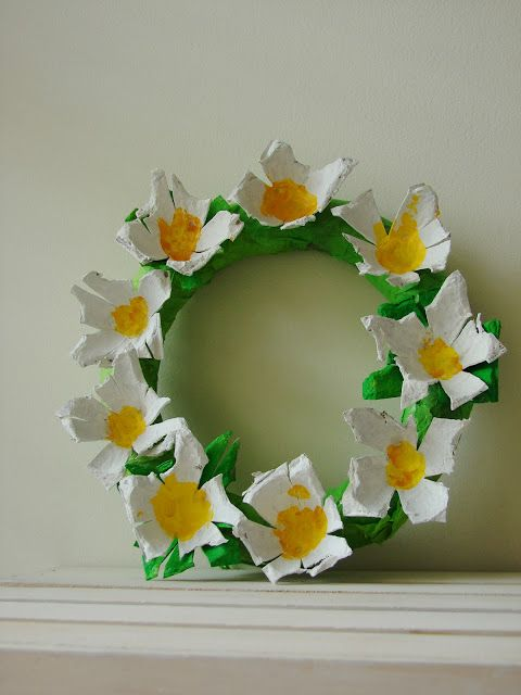 Repurpose your recyclable paper egg cartons into wonderful crafts that will have your kids cracking up!