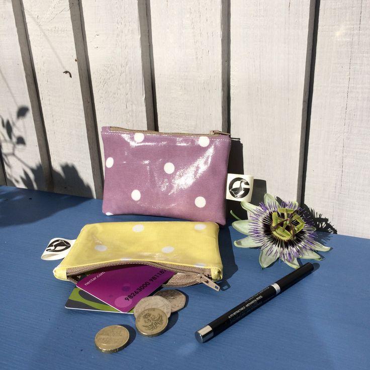 Purpurrote Tupfengeldbörse, einzigartige gelbe Geldbörse für Mädchen, Geschenk für Jugendlichen, Geldbörse mit Reißverschluss, Lehrergeschenk, kleine Schminktasche, vegan