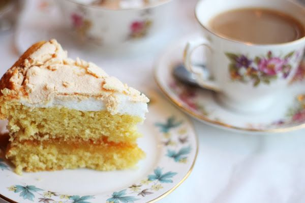 Bea's Vintage Tea Room - A beautiful vintage tea rooms with lovely decor and equally lovely cakes!