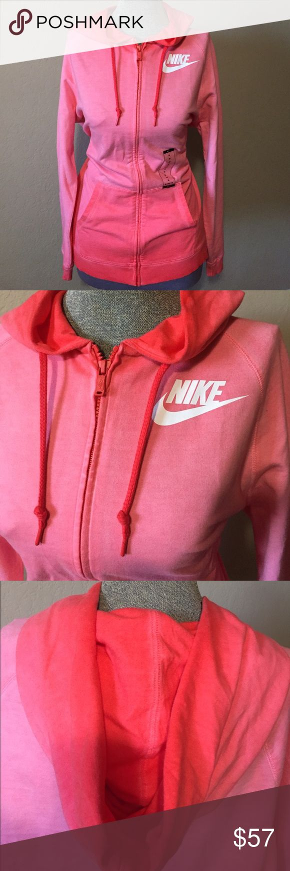 Pink Nike sweater •Brand new •cute pink color •comfortable Nike Sweaters