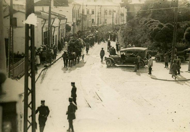 Strada Cuza Vodă, intersecția cu George Enescu și Armeană, dinspre Târgu Cucu spre Filarmonică, Iasi, Romania